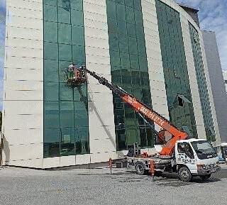 dis cephe cam temizlik - Dış Cephe Cam Temizliğinde Firma Seçimi